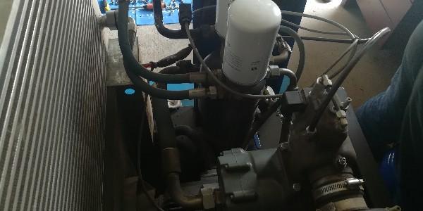 螺杆空压机运转中的注意事项!