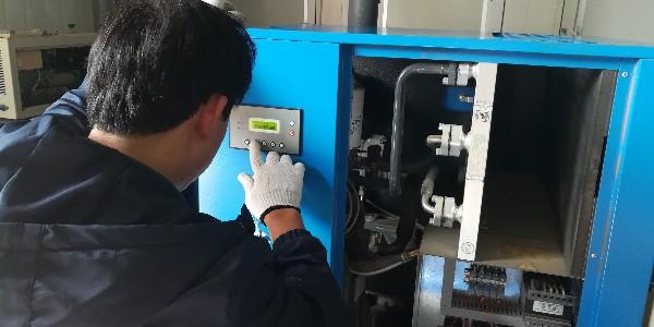 螺杆空压机应该选择多大的容积流量?